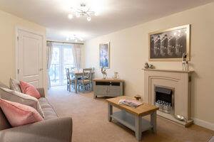 Adlington-House-Urmston-005